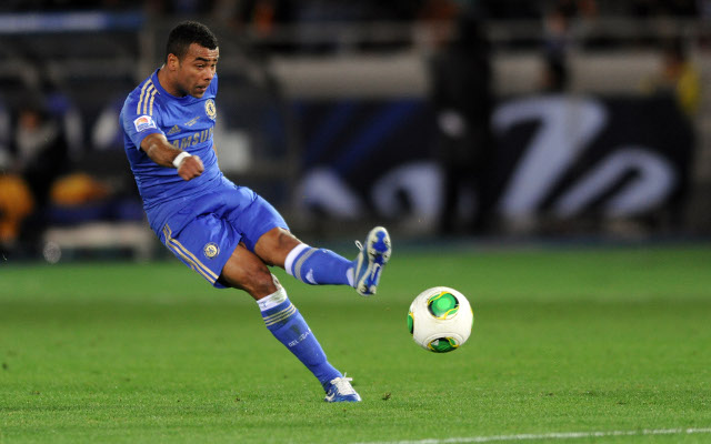 Chelsea's Ashley Cole to miss the next fortnight with hamstring injury