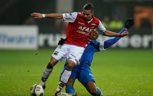 Dutch starlet can emulate Van Persie at Arsenal but PSV close in