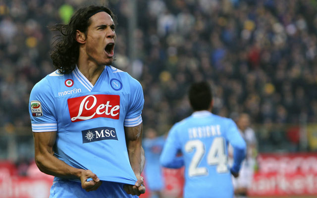 Cavani back on target as Napoli close gap to Juve