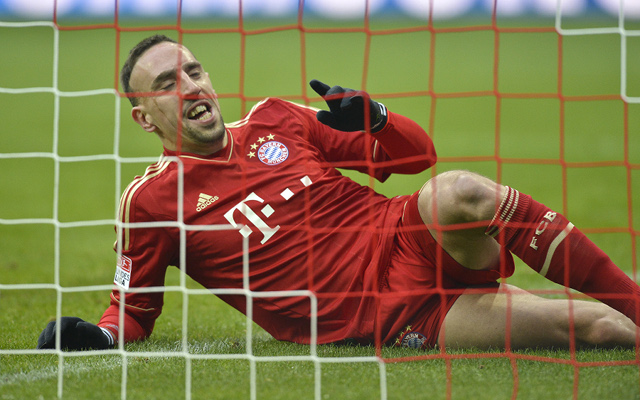 (GIF) Franck Ribery's precision volley golazo for Bayern Munich