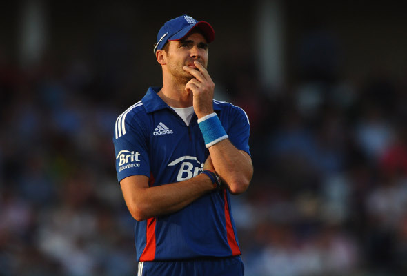 (Video) James Anderson becomes leading wicket-taker for England