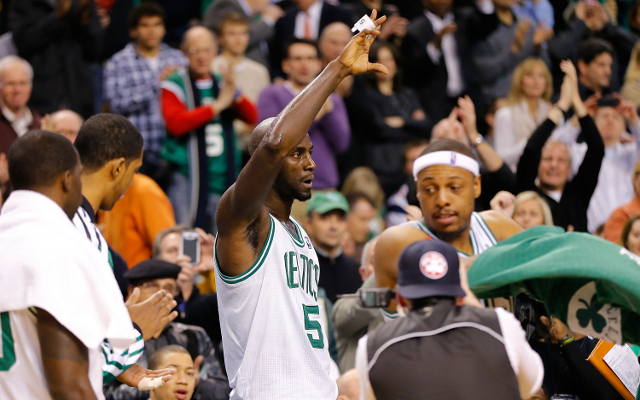 Reports claim Kevin Garnett turned down Chris Paul and the LA Clippers