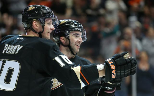 (Video) Kyle Palmieri hat-trick seals win for Anaheim Ducks