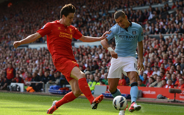 Liverpool defender Kelly signs new long-term contract