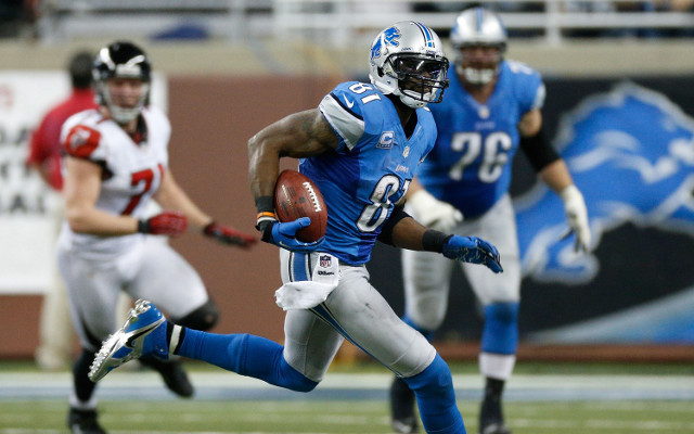 (Video) Calvin Johnson broke single season receiving yards record with two broken fingers