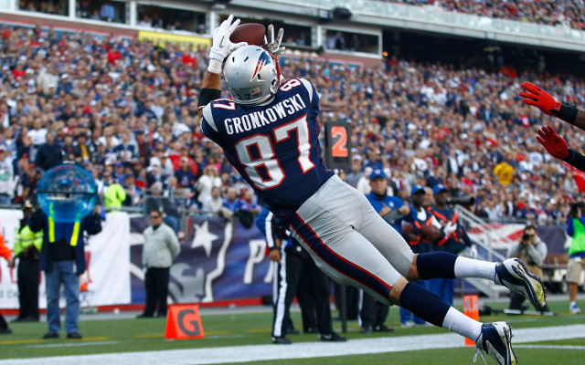 (Video) New England Patriots player Rob Gronkowski fails badly at TV announcing