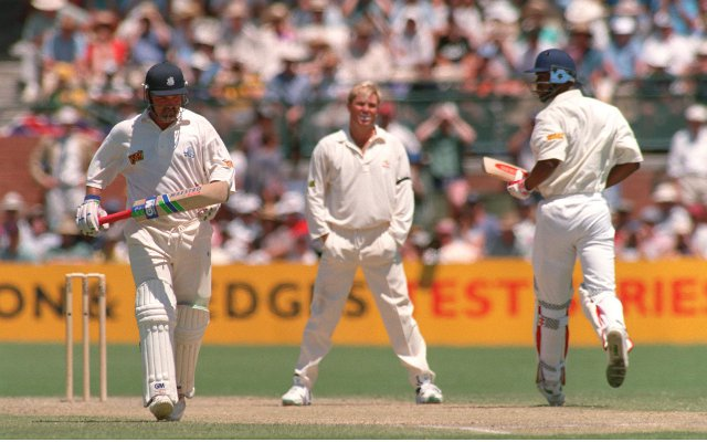 (Video) Top 5 most unplayable bowling performances in the history of cricket