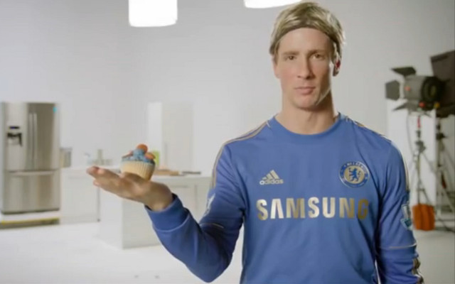 (Video) Watch Torres's new career … filming cup-cake ads in Thailand!!