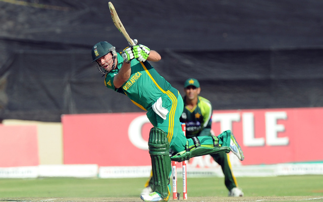 (Video) South Africa batsman AB de Villiers scores fastest ODI century in history