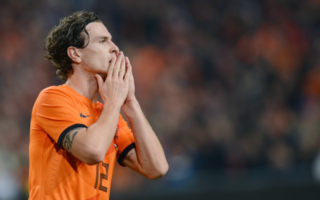 Arsenal earmark Dutch defender to replace wantaway Bacary Sagna