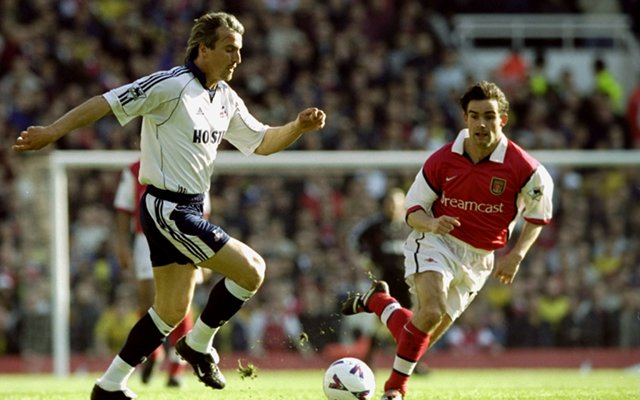 Arsenal's season will be over if they don't beat Tottenham, says legend