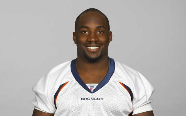 Elvis Dumervil signs five-year deal with Baltimore Ravens
