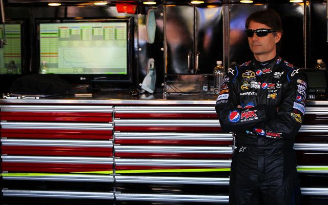 (Video) NASCAR driver Jeff Gordon stars in new Pepsi commercial