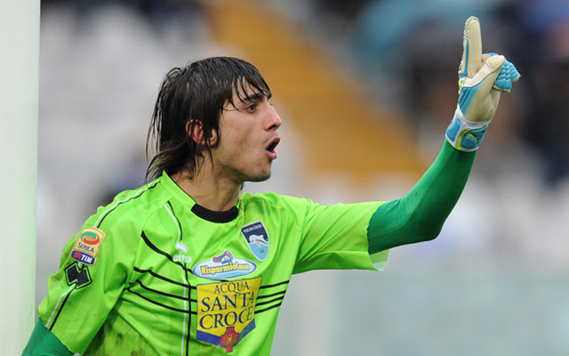 Arsenal turn goalkeeping search towards young Serie A star
