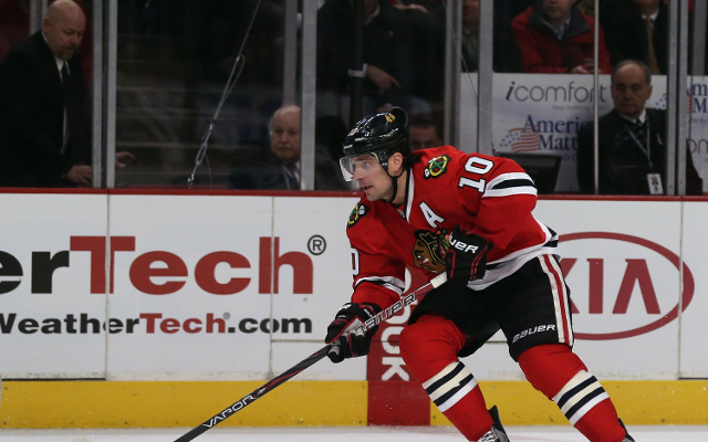 (Video) NHL outfit Chicago Blackhawks lose Patrick Sharp to injury
