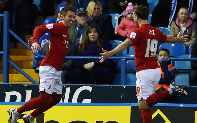 (Video) Nottingham Forest's Simon Cox claims Football League Goal of the Year award for this stunning golazo