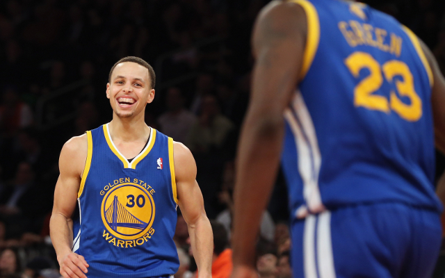 (Video) NBA Highlights: Stephen Curry leads Golden State Warriors to 14th win in a row
