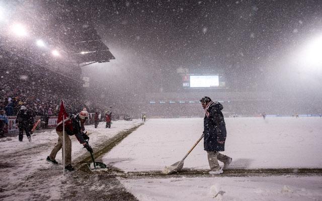 USA costa rica groundsman snow