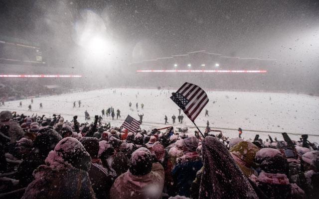 USA fans snow