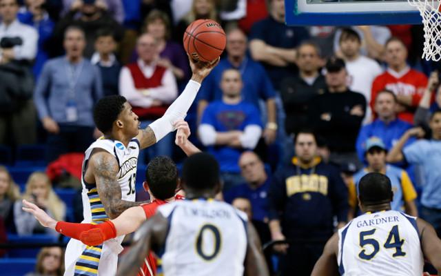 (VIdeo) March Madness: Marquette beat Davidson despite scare