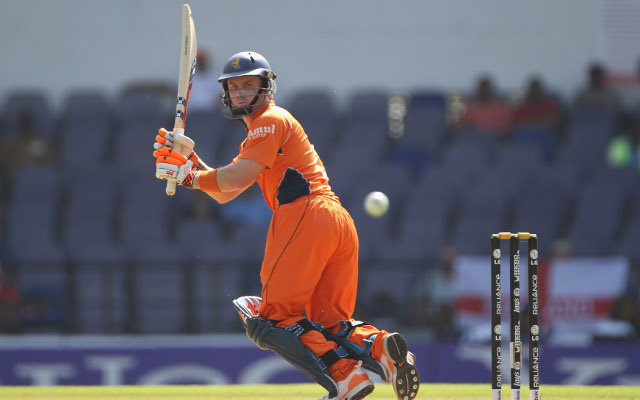 Kervezee retires from Netherlands team to try and play for England