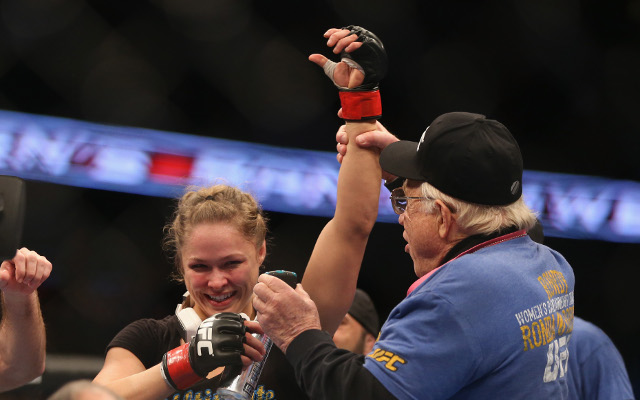 (Video) Cat Zingano earns right to face Ronda Rousey for UFC title