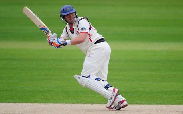Lancashire's Stephen Moore targets County Championship promotion and short-over silverware