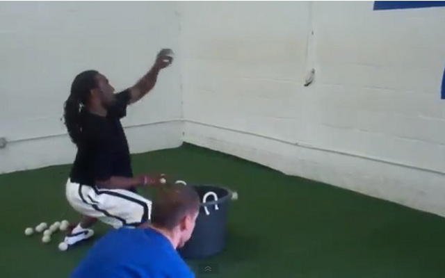 (Video) Baltimore Ravens cornerback Lardarius Webb shows off catching ability in crazy drill