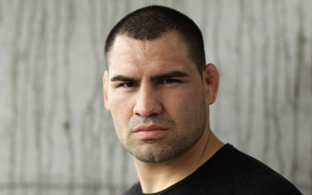 (Video) Cain Velasquez to defend his title against Antonio Silva at UFC 160
