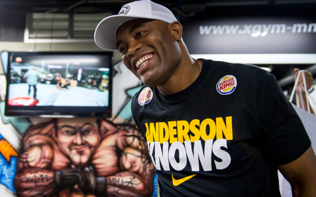 (Video) UFC champ Anderson Silva shows why he is the best ever
