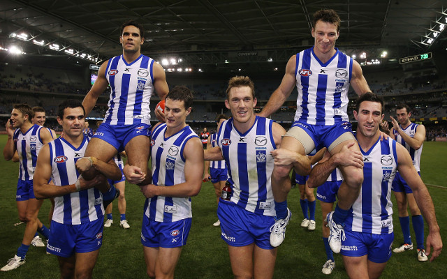 (Video) North Melbourne give Brent Harvey a perfect milestone memory
