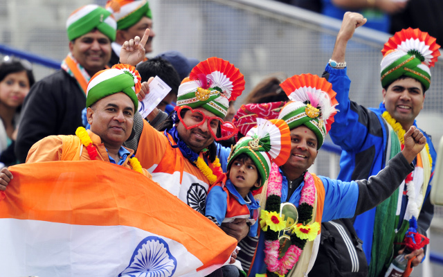(Image Gallery) Indian and Pakistani cricket fans go all out at Champions Trophy