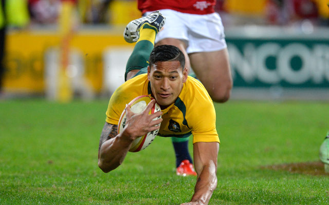 Israel Folau says a return to the NRL 'could be an option'