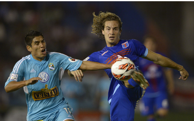 Sunderland and Villarreal go head-to-head for Argentinian defender