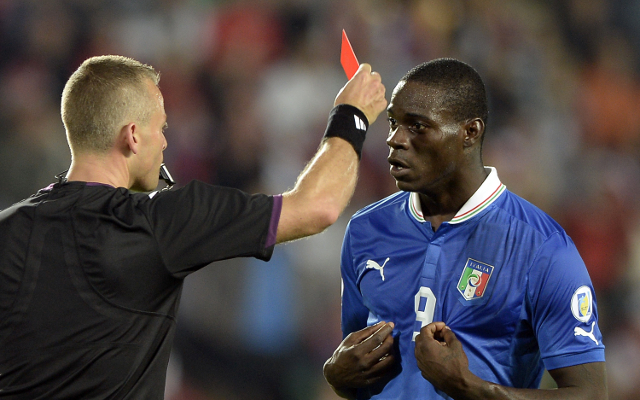 (Video) Italy striker Mario Balotelli apologises for reaction to harsh red card