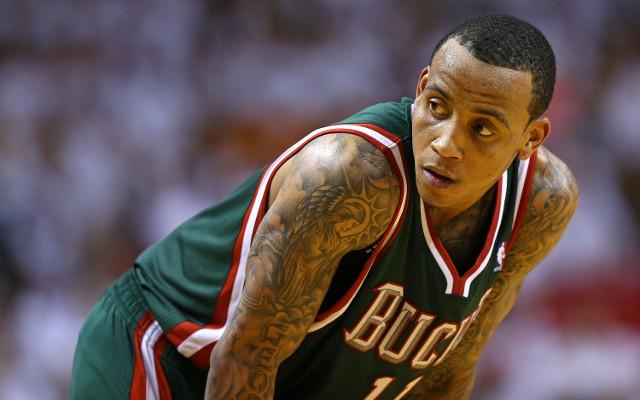 Milwaukee Bucks offer star guard Monta Ellis a new deal
