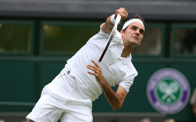 (Video) Wimbledon 2015 highlights: Roger Federer pulls off incredible shot