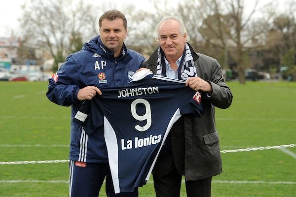 Liverpool legend Johnston nails colours to Melbourne Victory mast *FINAL*