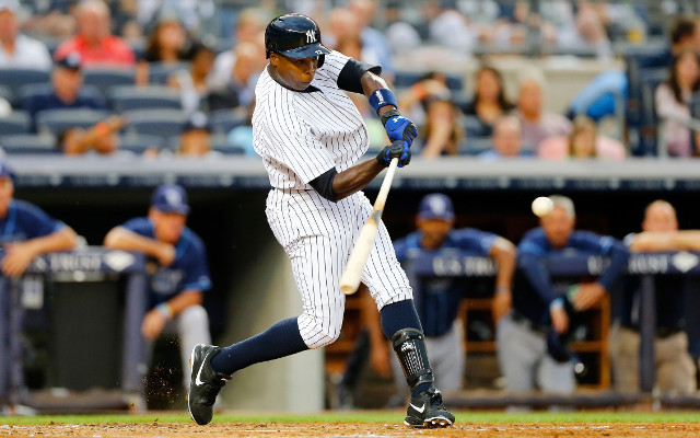 (Video) New York Yankees sign Alfonso Soriano from Chicago Cubs