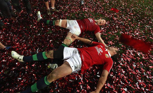 Alun Wyn Jones and Jamie Roberts