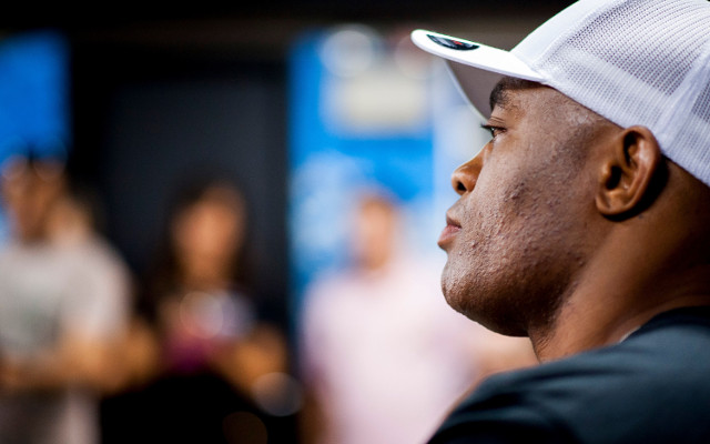 (Video) Anderson Silva to have time off after knockout loss to Weidman