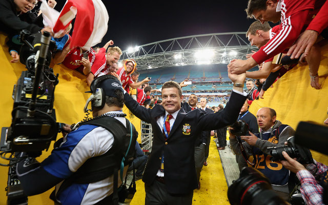 (Gif) Brian O'Driscoll drinks in the atmosphere in winning Lions changerooms
