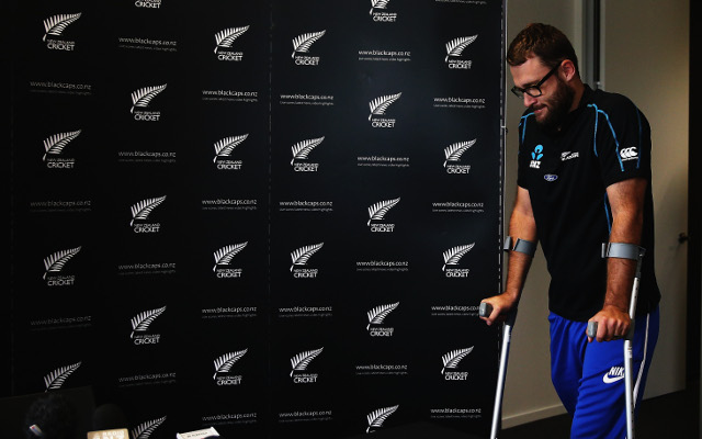 Injury to keep Daniel Vettori out for another six months