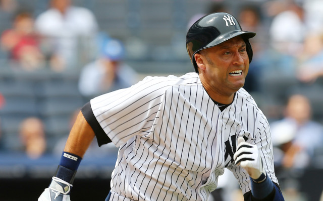 (Video) Derek Jeter to miss MLB season debut due to thigh strain