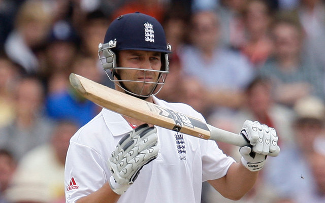 Jonathan Trott says DRS should favour the batsman and not umpires