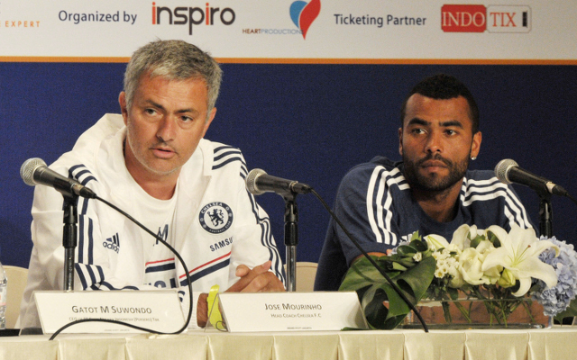 Chelsea team news: Ashley Cole will not start against Arsenal says Mourinho