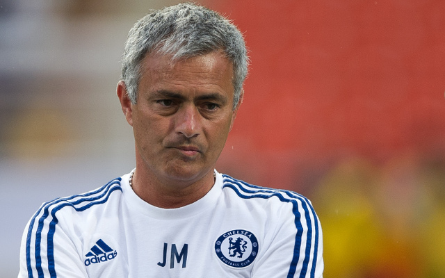 (Video) Returning Chelsea boss Jose Mourinho gets amazing reception at Stamford Bridge