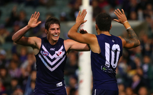 (Video) Nat Fyfe stars as Fremantle hang on to beat wasteful Adelaide Crows