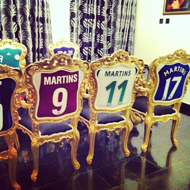 Obafemi-Martins-football-shirt-chairs