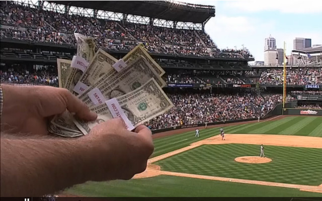 (Video) Money rains from the sky at Safeco Field during MLB game